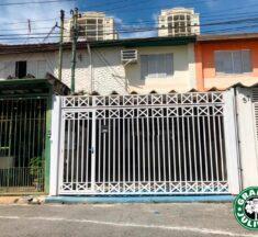 Sobrado na Chácara Santo Antônio com 2 dormitórios